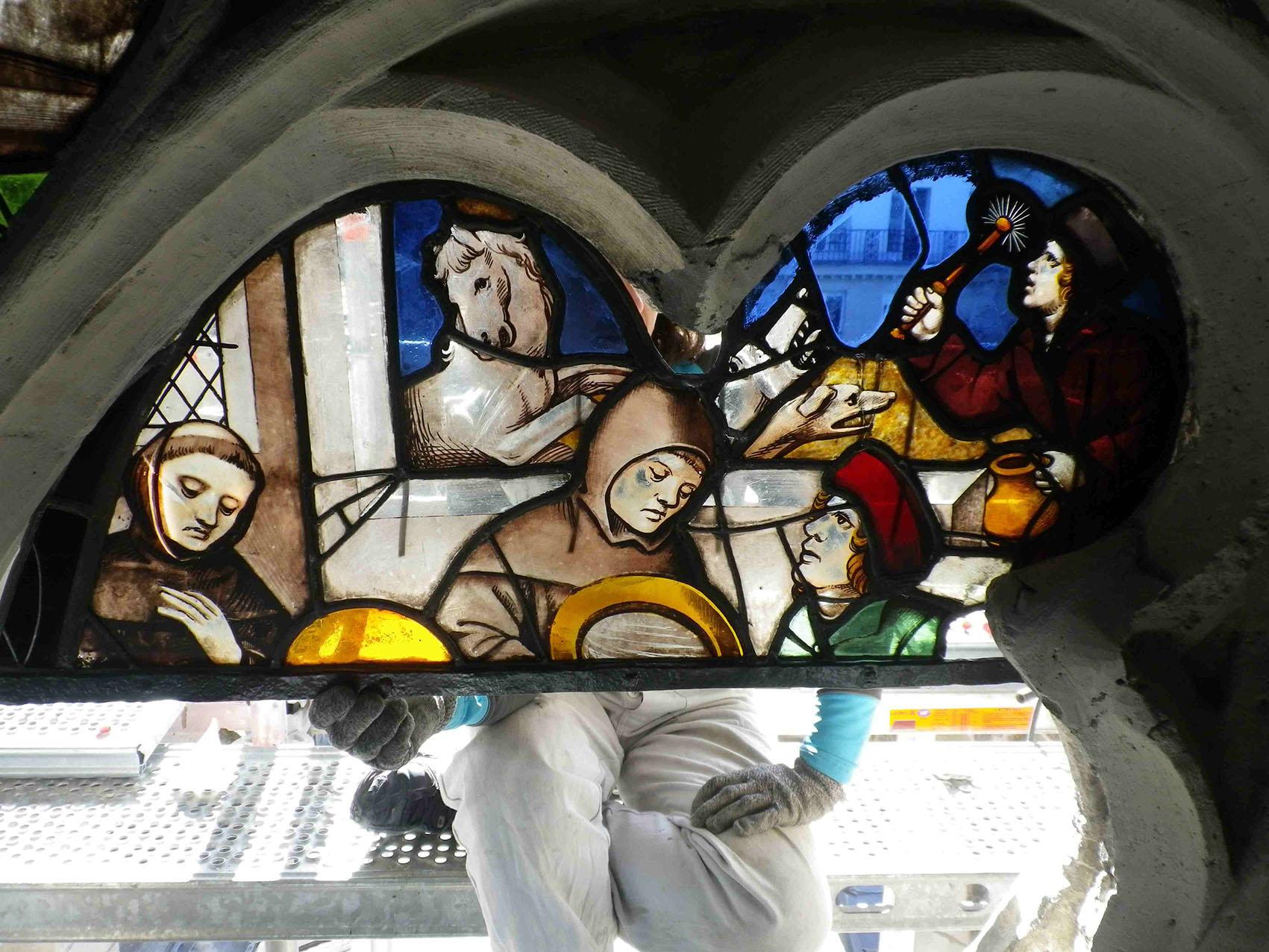 Restauration rénovation entretien vitrail vitraux Paris église